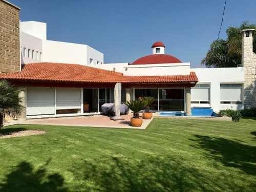 El Campanario, Preciosa Residencia Con Amplio Jardín.