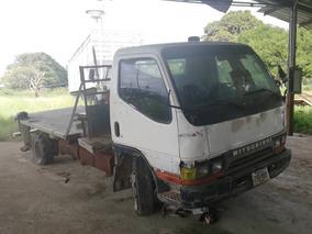 Camiones Mitsubhisi Canter Plataforma
