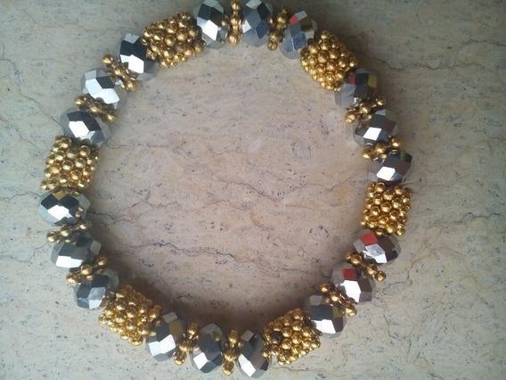 Linda Pulseira Bolinhas Douradas Com Pedras Azul