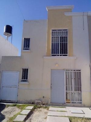 Casa En Venta En Fraccionamiento Mision De San Pedro