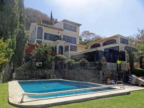 Hermosa Casa En Club De Golf San Gaspar En Cuernavaca