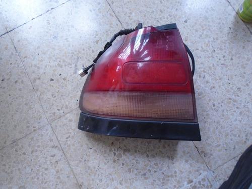 Vendo Lampara Trasera Izquierda De Mazda 626, Año 1993