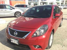 Nissan Versa 4p Advance 5vel