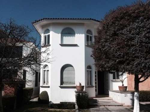 Hermosa Casa En Renta En Exclusivo Residencial En Metepec, Precio A Tratar!!!