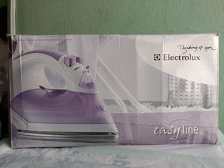 Plancha A Vapor Electrolux Easy Line