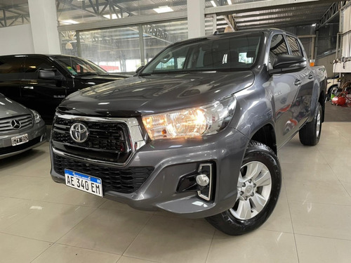 Toyota Hilux Sr 4x2 Manual Año 2020 Color Gris Todoautos