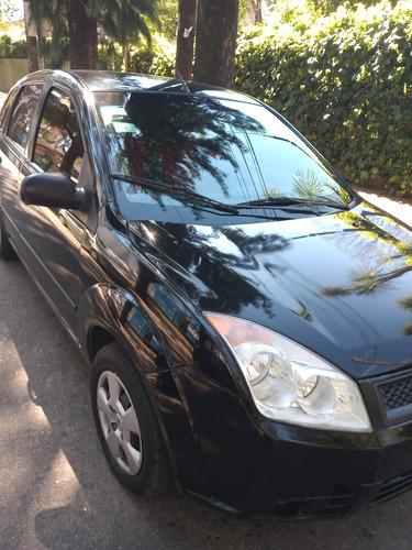 Imagen 1 de 9 de Ford Fiesta 2008 1.6 Ambiente Mp3