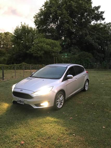 Ford Focus 1.6 5 Puertas