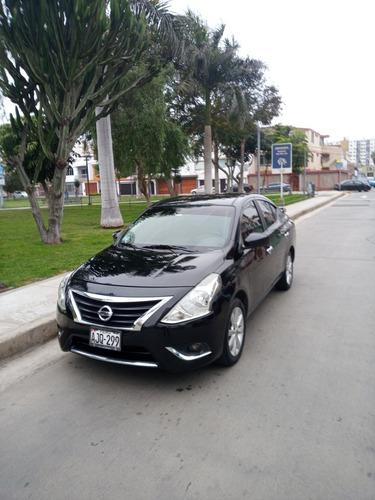 Imagen 1 de 5 de Nissan Versa Full