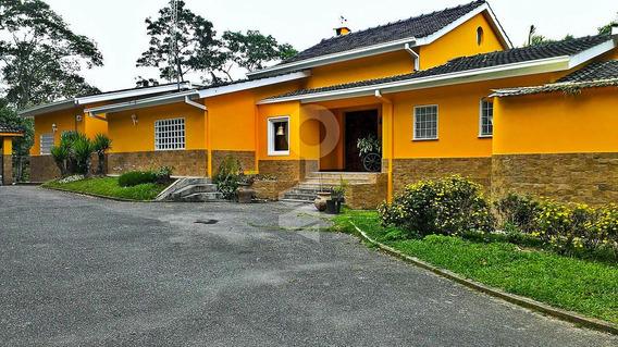 Casa En Venta,la Lagunita Country Club,caracas,mls #20-2022