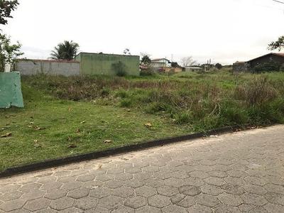 Ótimo Terreno No Jardim Regina, 1,3 Km Da Praia, Confira!