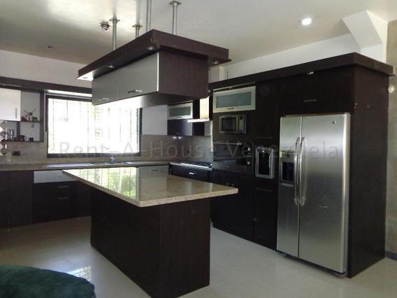 Casa En Venta En Colinas De Guataparo 20-8970 Ac