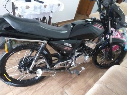 Imagem 1 de 7 de Yamaha Esportiva