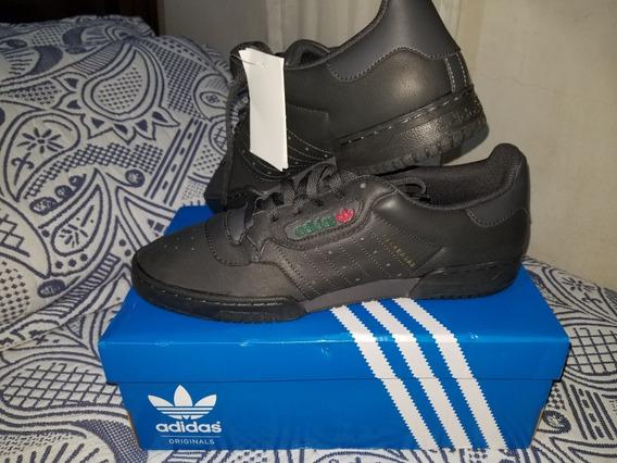 Tênis adidas Yeezy Powerphase