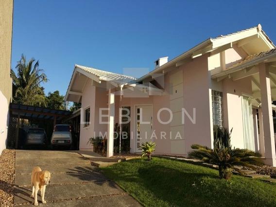 Casa Com 3 Dormitórios E Amplo Terreno - Aceita Permuta Em Itapema - Ca00037