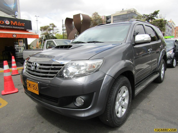Toyota Fortuner Srv 3.0 At Turbo Diesel 4x4