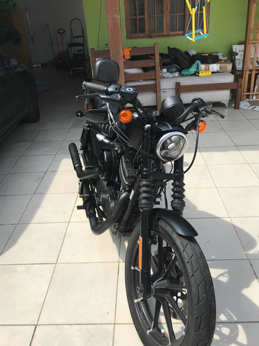 Imagem 1 de 4 de Harley Davidson Iron 883 N