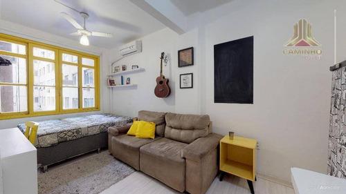 Imagem 1 de 12 de Apartamento De Um Dormitório, Estilo Jk Ao Lado Do Hotel Plaza Em Porto Alegre - Ap3871