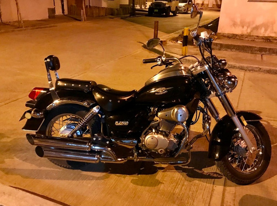 Um Renegade 200 Chopper Tipo Harley Davidson
