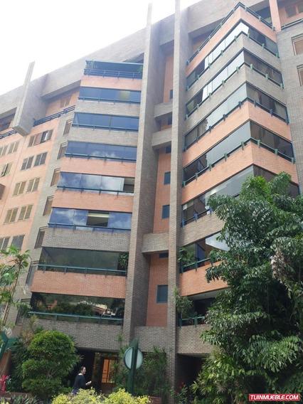 Apartamento En Venta Los Chorros #19-15441