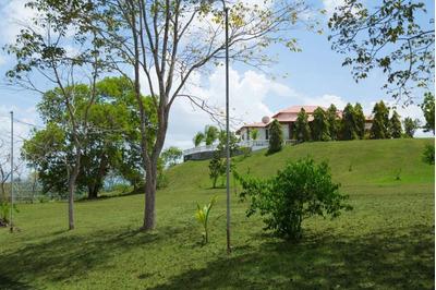 Se Vende Hermosa Hacienda Amoblada En Chorrera, Miraflores
