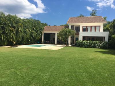 Hermosa Villa En Alquiler En Metro Country Club