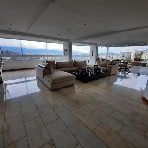 Apartamento En Venta Ph En Manzanares 5h- 6b- 3p