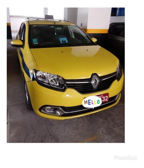 Vendo Logan 1.6 8v 2015/16 Amarelo Táxi