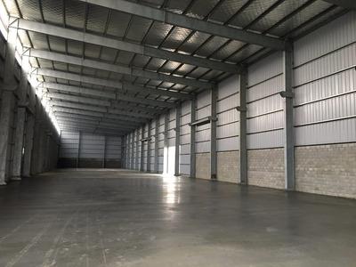 Depósito Y Planta Industrial De Construcción Pesada 2.400 M2