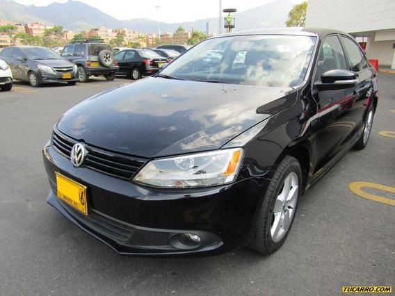 Volkswagen Nuevo Jetta 2.5 At