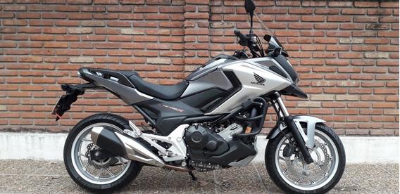 Honda Nc 750 X Gris Negro Permuto Qr Motors
