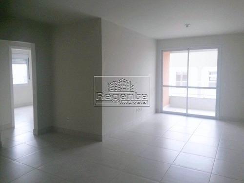 Apartamento A Venda No Abraao Em Florianopolis - V-72672