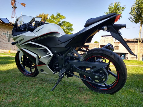 Kawasaki Ninja 250 (no Ninja 300, 400, Cbr 300, Rc200,rs200)