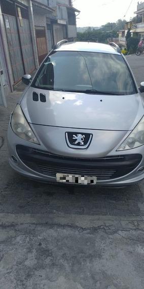 Peugeot 207 Sw 1.4 Xr 10 Anos Flex 5p 2011