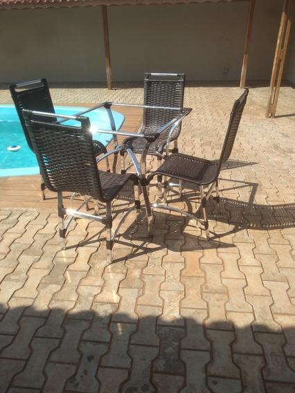 Jogo De Mesa Com 4 Cadeira De Aluminio E Fibra Sintetica