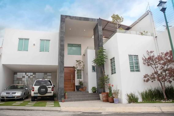 Casa En Renta En Fraccionamiento La Trinidad.