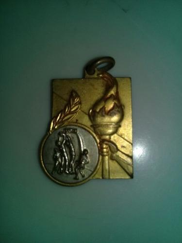 Imagen 1 de 2 de Antigua Medalla De Basquetbol