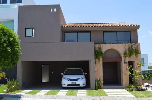 Casa En Fraccionamiento En Lomas De Angelópolis / San Andrés Cholula - Gsi-826-fr