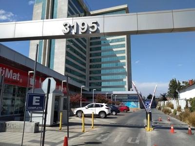 Excelente Oficina Incluye Estacionamiento Y Bodega En Subter