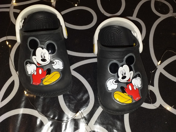 Vendo Crocs De Mickey Niño