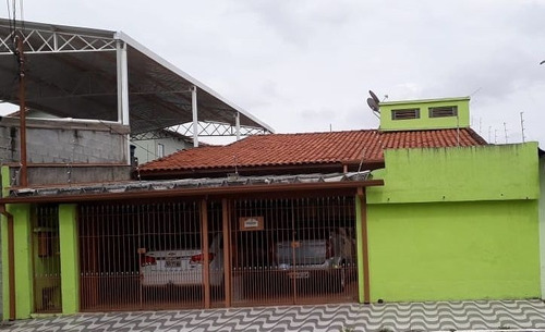 Casas - 3 Dormitórios             - 1164