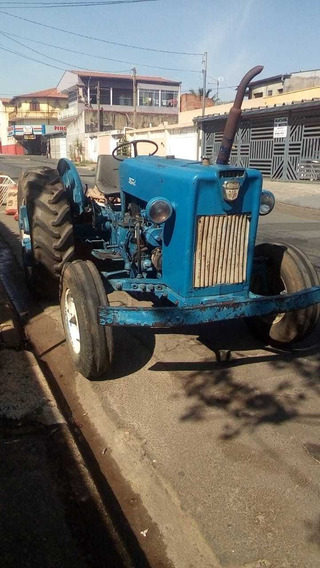 Trator Ford Modelo 8br