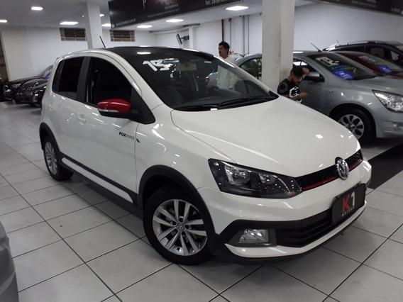Volkswagen Fox Pepper 2015 1.6 Flex Mecanico Bancos Em Couro