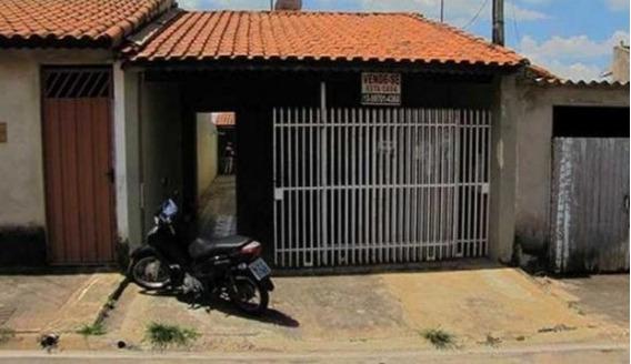 Casa De 2 Quartos E 1 Banheiros