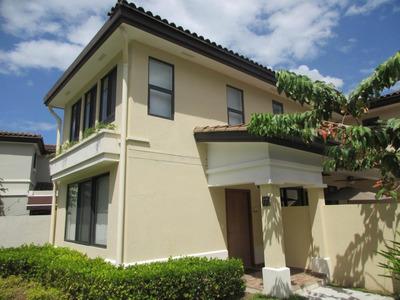 18-847ml Preciosa Casa En Esquina En Panama Pacifico