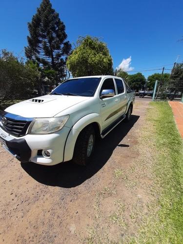 Toyota Hilux 3.0 Cd Srv Cuero Tdi 171cv 4x4 4at 2013