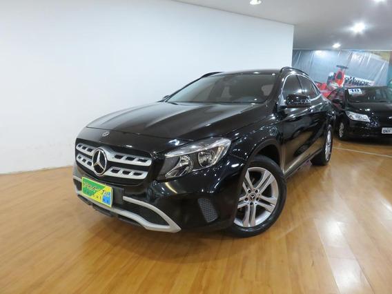 Mercedes-benz Gla 200 1.6 Cgi Style 7g-dct Aut C/ 24.400 Kms
