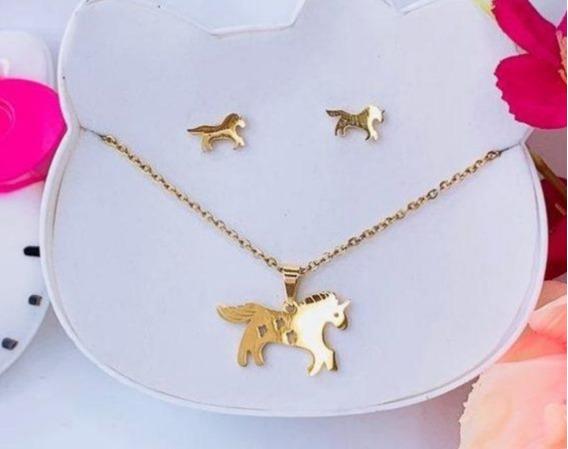Set Collar Y Afetes De Unicornio De Acero Inoxidable