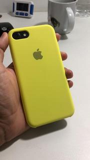 iPhone 7, Cor Preto, Com Capinha Amarela, 32gb, Usado
