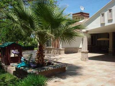 Quinta Residencia En El Centro De Arteaga